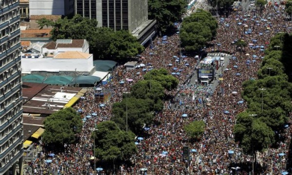 Turismo durante o Carnaval movimenta mais de R$ 2,2 bilhões no Rio de Janeiro
